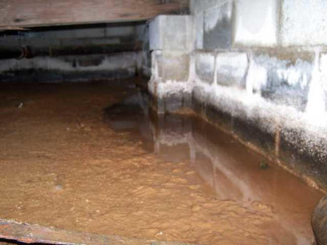 Battle Creek, MI - Flooded, Iron Ochre-Filled Crawl Space Revived with Smar...
