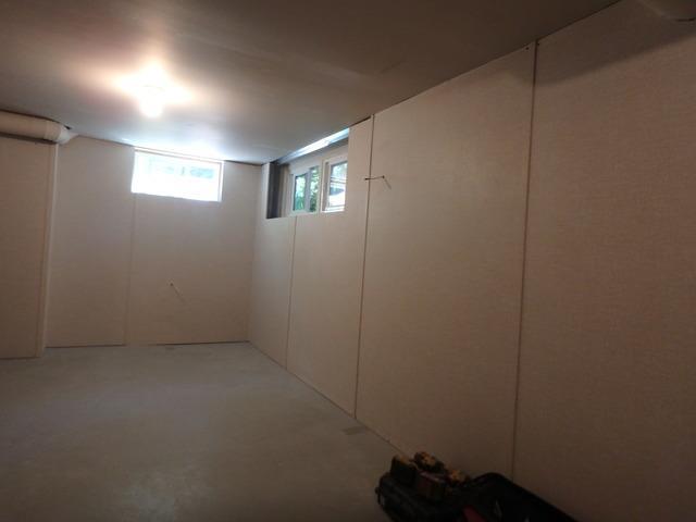 EverLast Wall Panels Upgrade this Marysville Beach Home