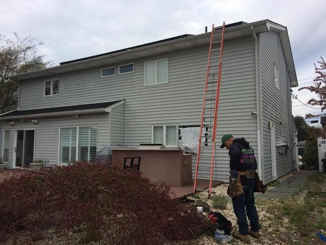 Seaford, NY-  Siding Replacement, April 2017