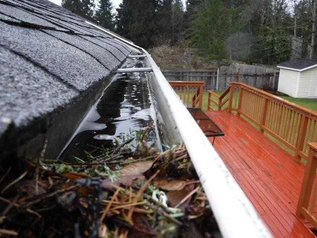Big Box Store DIY gutters gone wrong in Maple Valley, WA