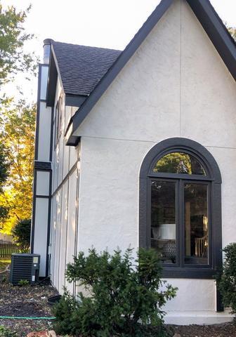Siding, Trim, Gutters and Garage Door Installation in Olathe, KS