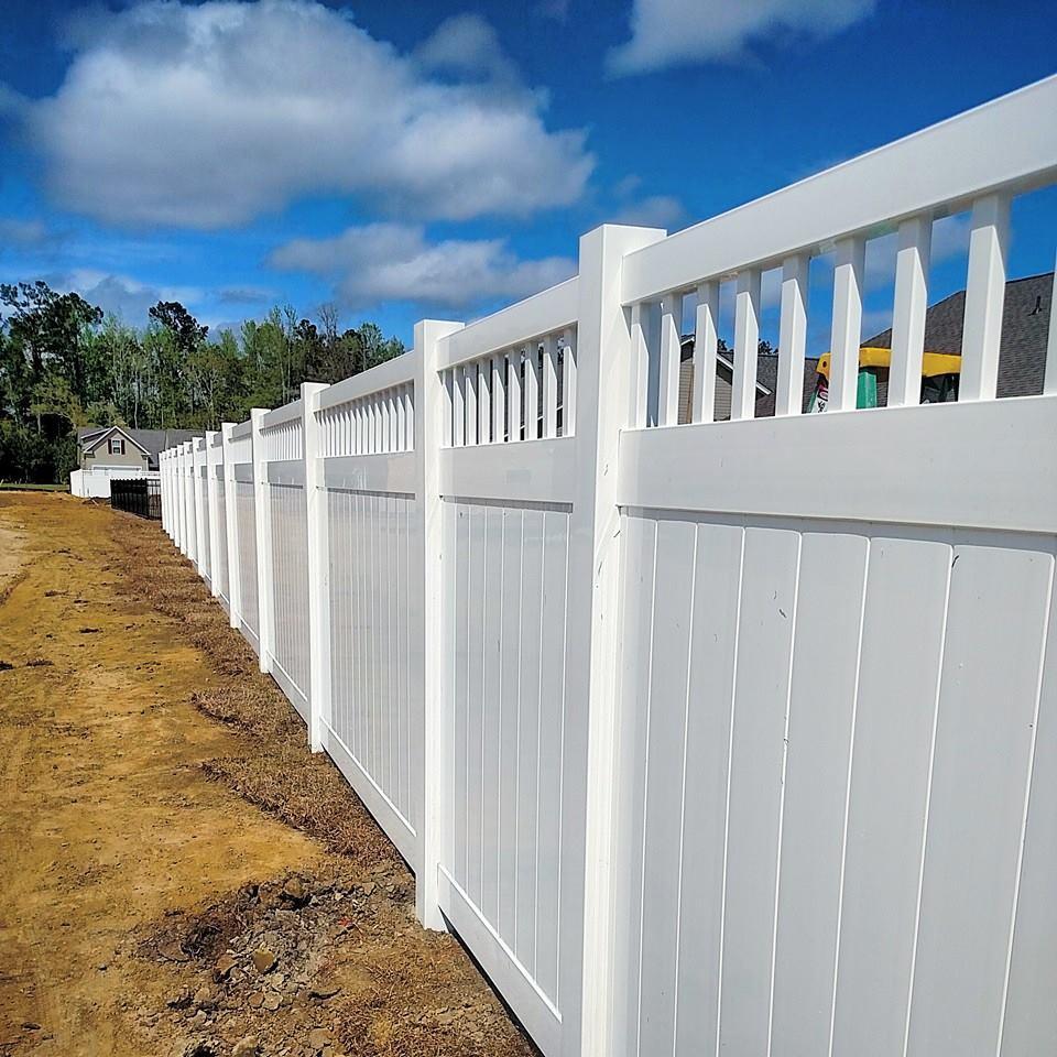 Vinyl Privacy Fence in Reston, VA