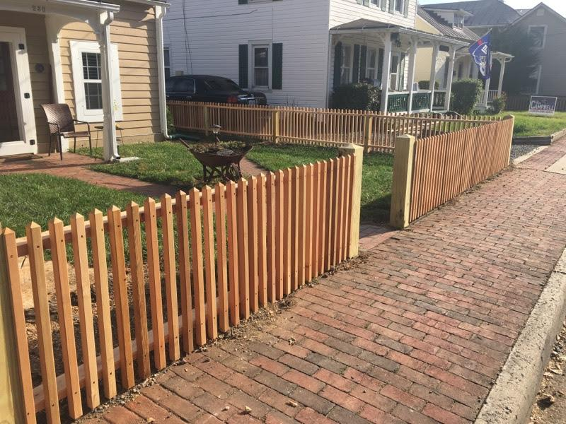 Picket Fence In Dunn Loring