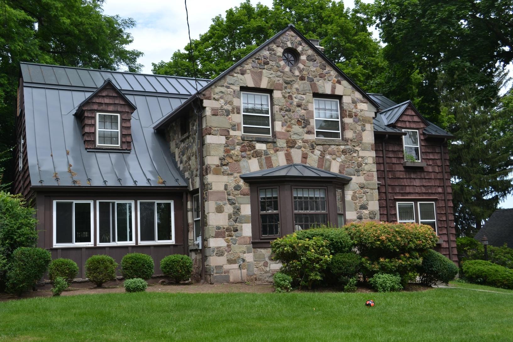 Standing Seam Custom Curved Metal Roof in Mapplewood, NJ