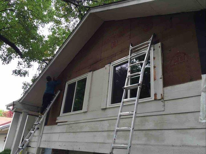 Woodbury Home Gets Siding Replacement