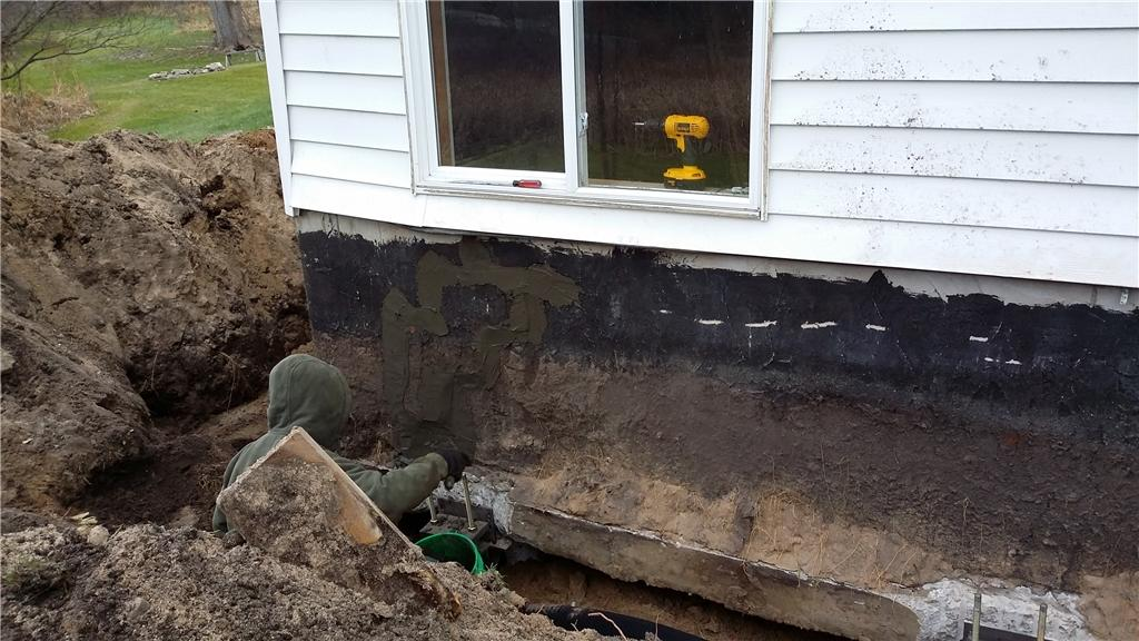 Old Cracks Are Sealed in Caledonia, MI Home