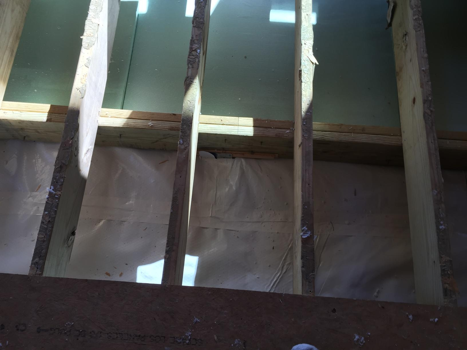 Cleanspace under flooring