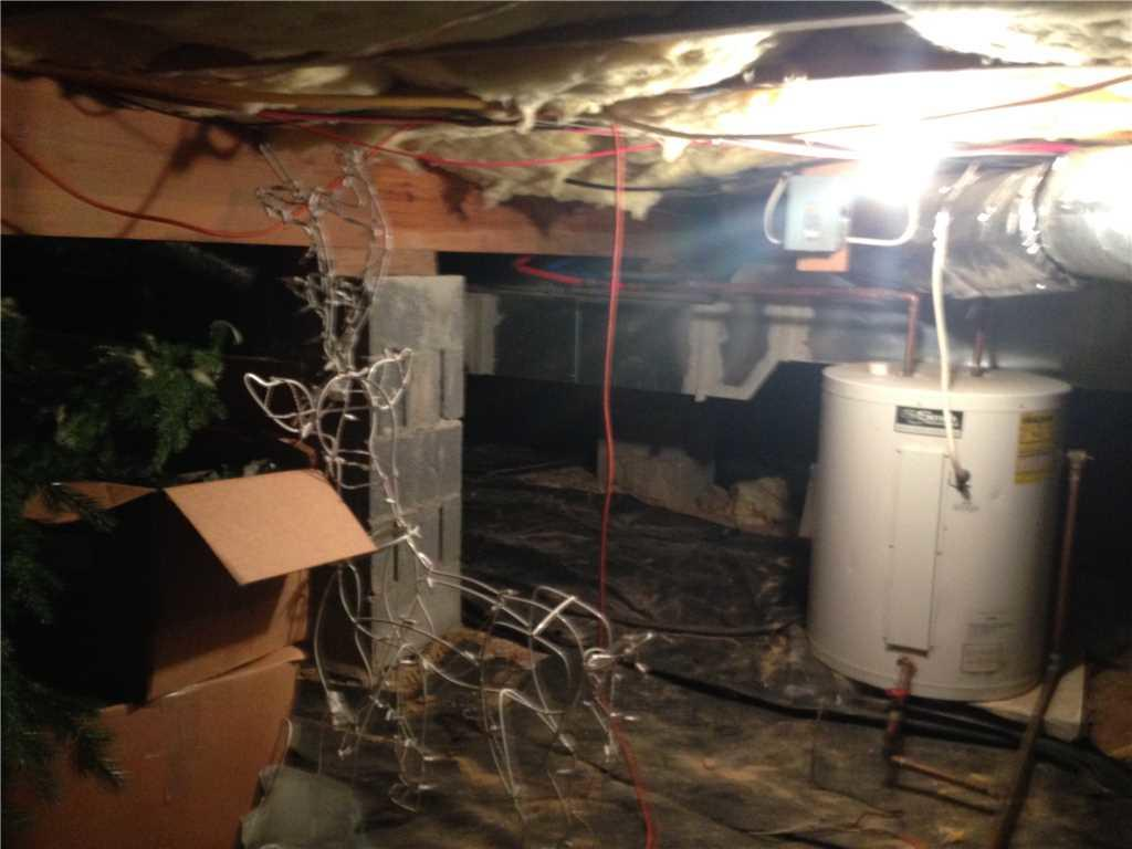 Homeowner using Crawlspace as storage