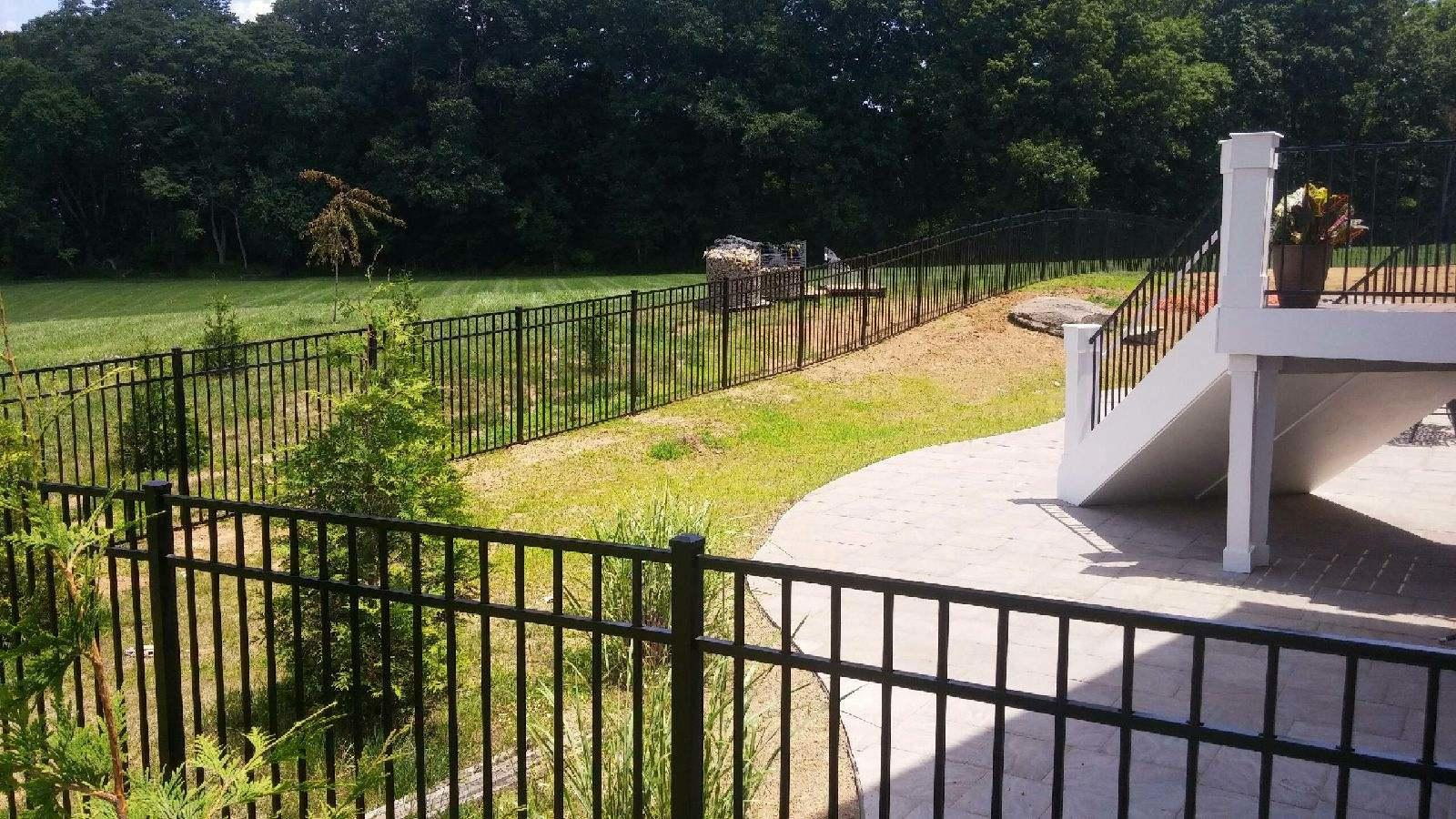 Side View of a Newly Installed Fence in Waterford Virginia