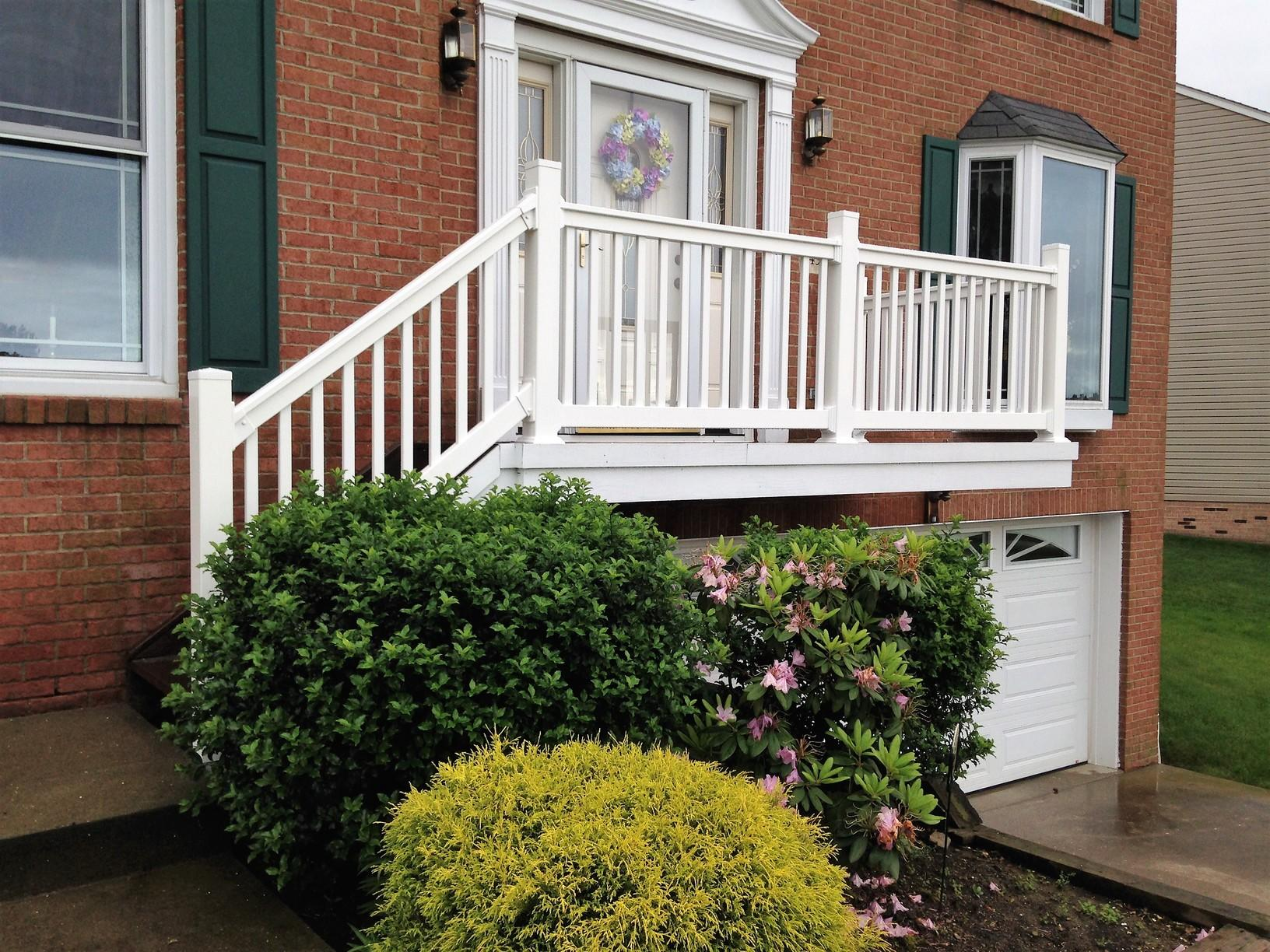 Potenza Vinyl Railing Installation in Baldwin, PA