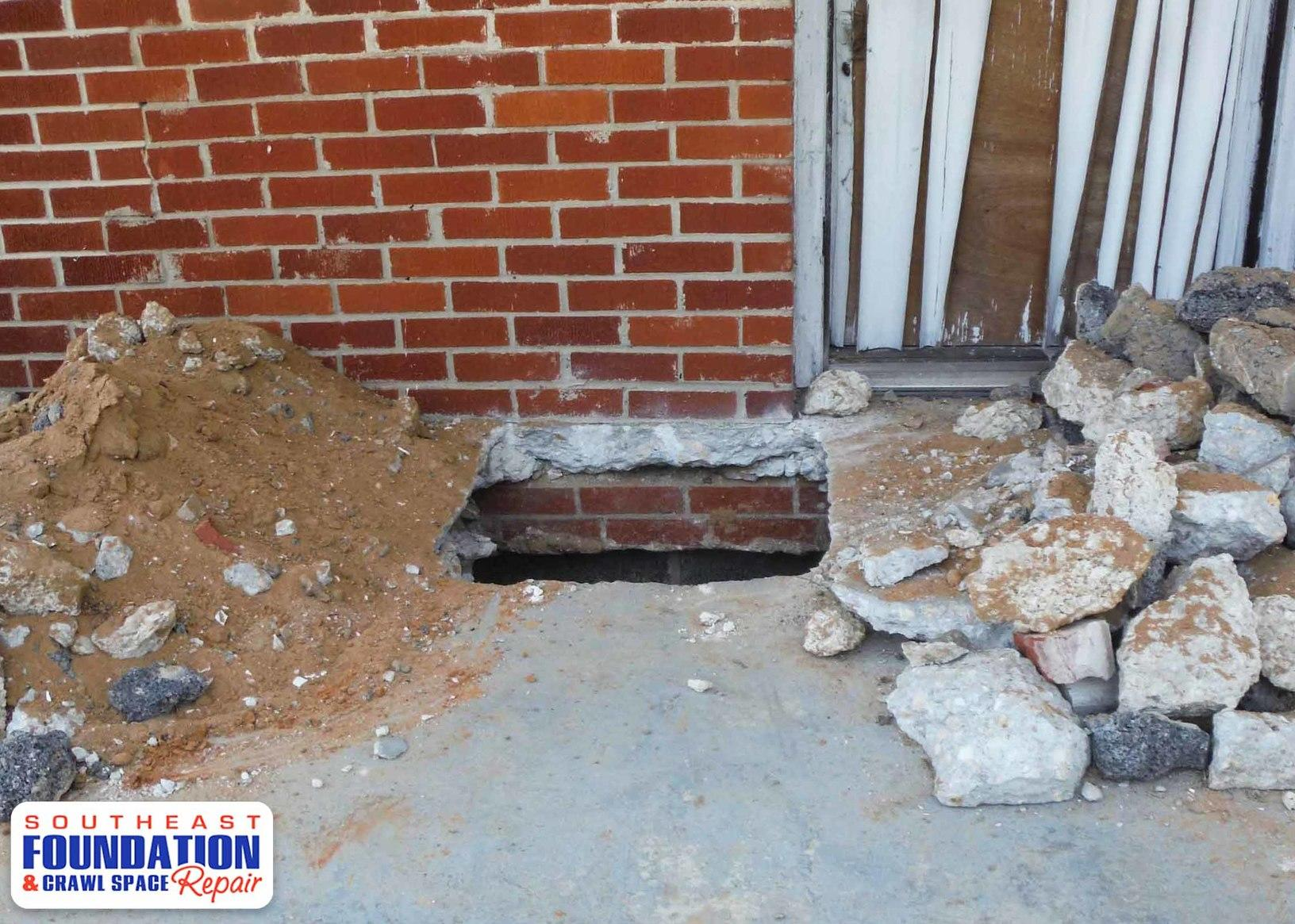 Southeast Foundation Crawl Space Repair Foundation Repair Photo Album Lifting A Sinking Foundation In Ether Nc