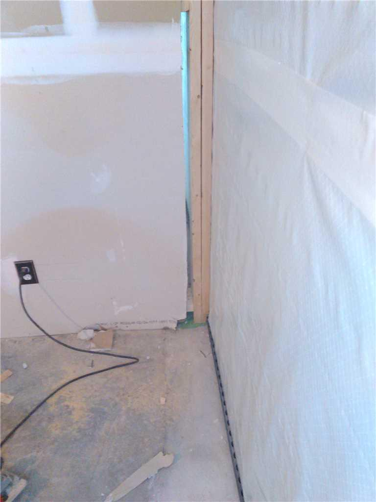 Leaking Wall in Basement Apartment, Caesarea, ON