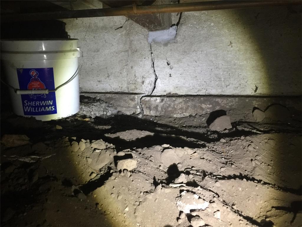Crack in Raised Foundation