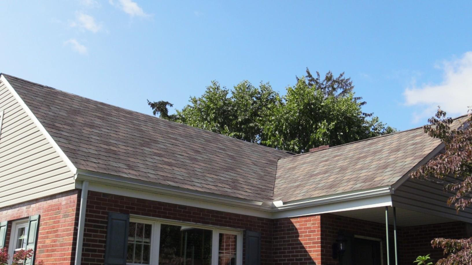 The Front Of This Home Is Looking Great After A Pinnacle Exteriors Roof Installation