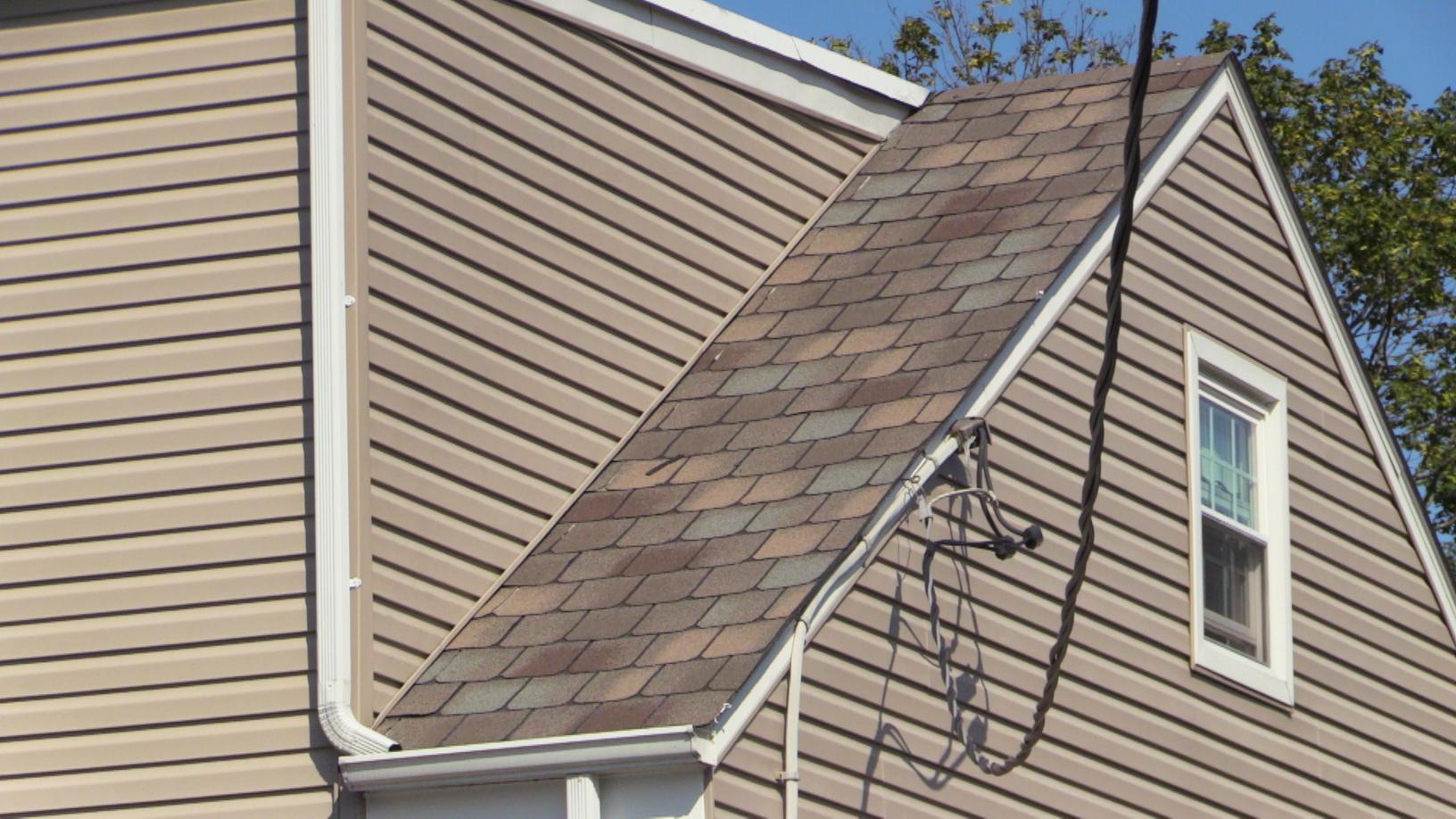 Side Roof Shingles In West Allentown