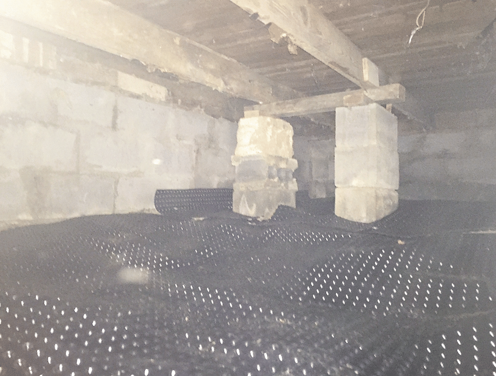 Crawlspace with Drainage Matting