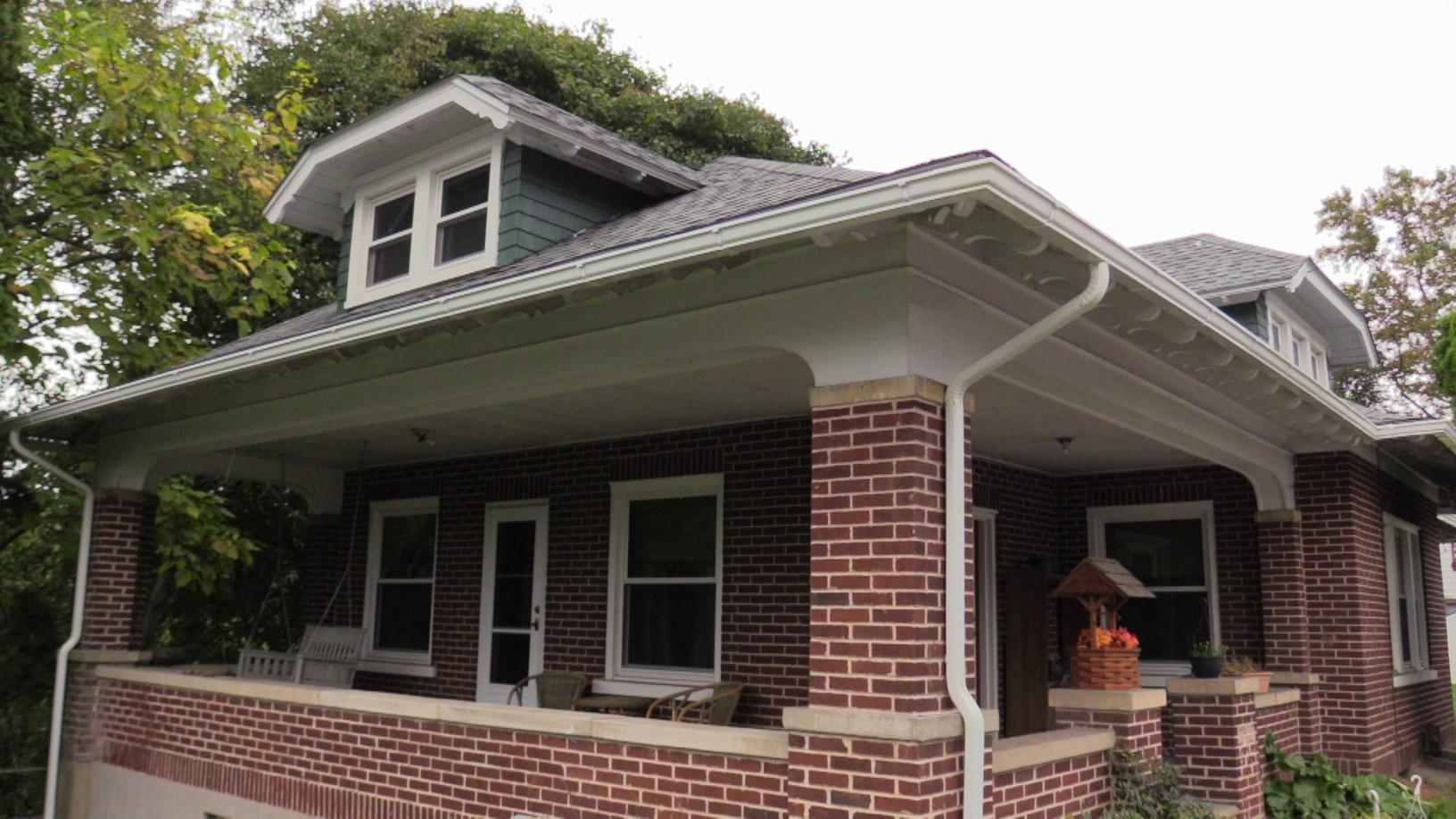 The House Has A New Look After Gutter and Roof Replacement