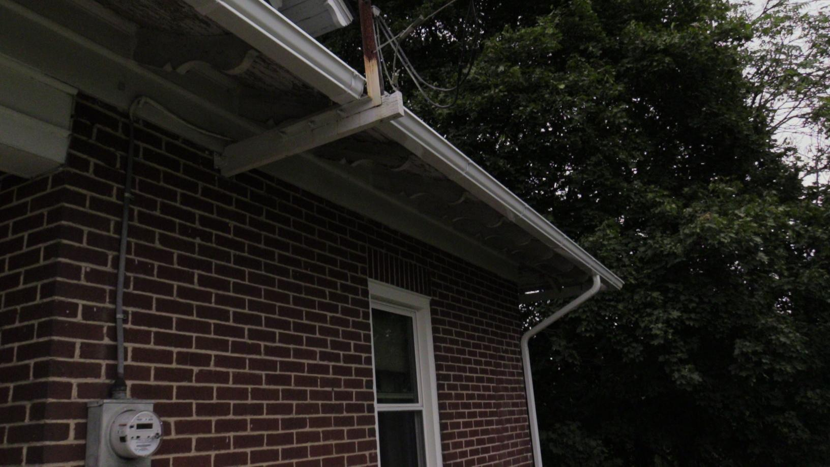 Span of Gutters Installed on the Side