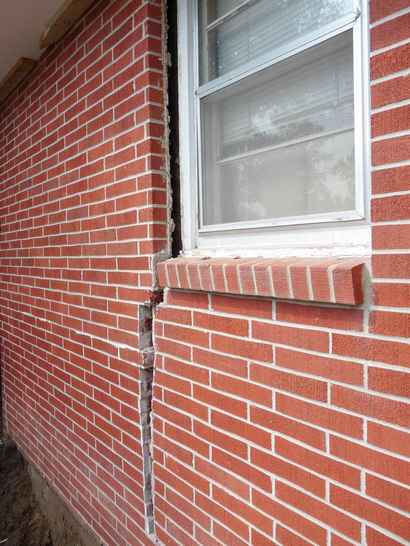 Exterior Brickwork Cracking in Ottawa