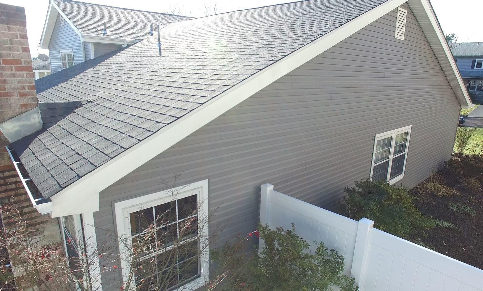 Vinyl Siding, Capping, Architectural Shingles, and More Provided By Pinnacle Exteriors