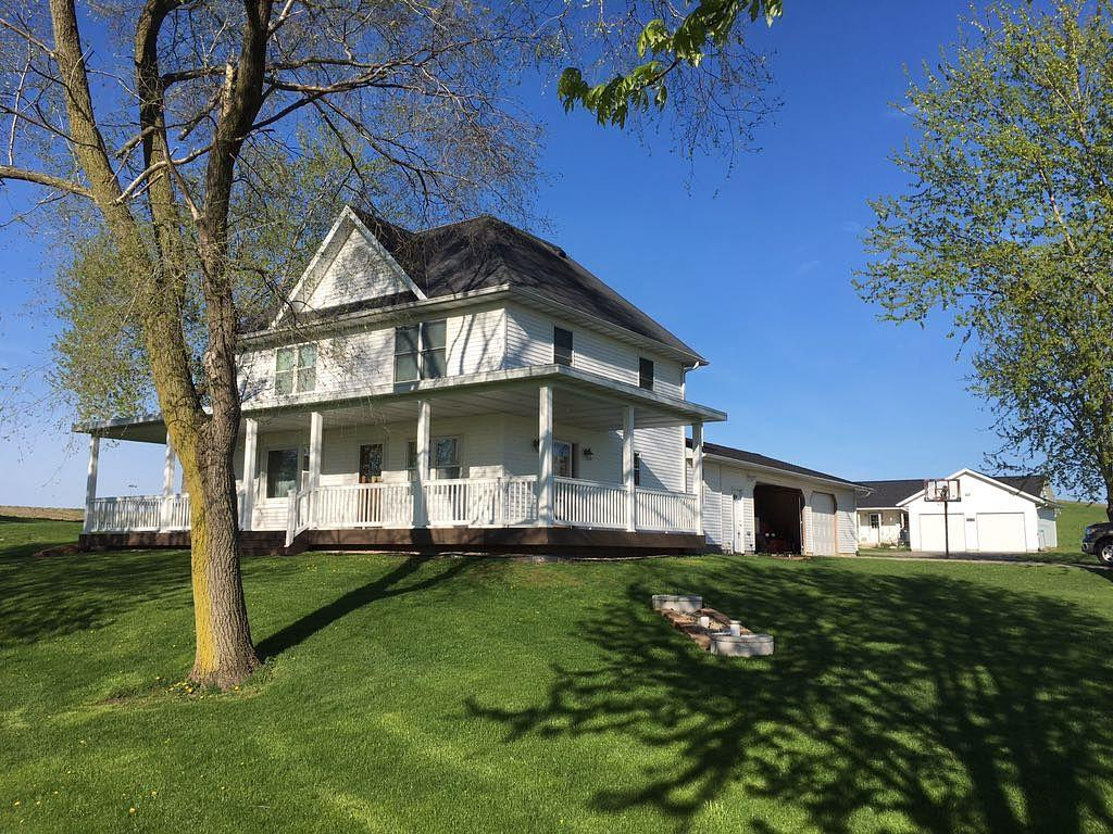 Siding Updated Country Home In Cross Plains Wi Farm
