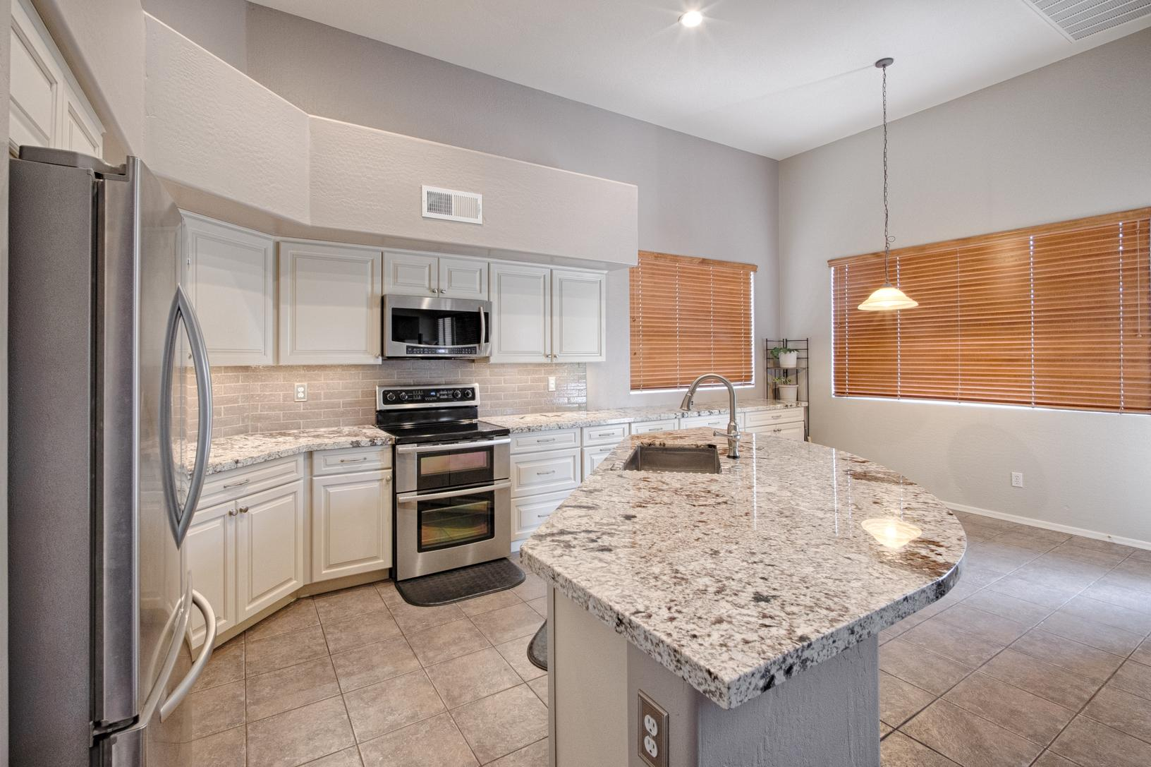 - Remodeling - Kitchen Remodel In Chandler - New Backsplash