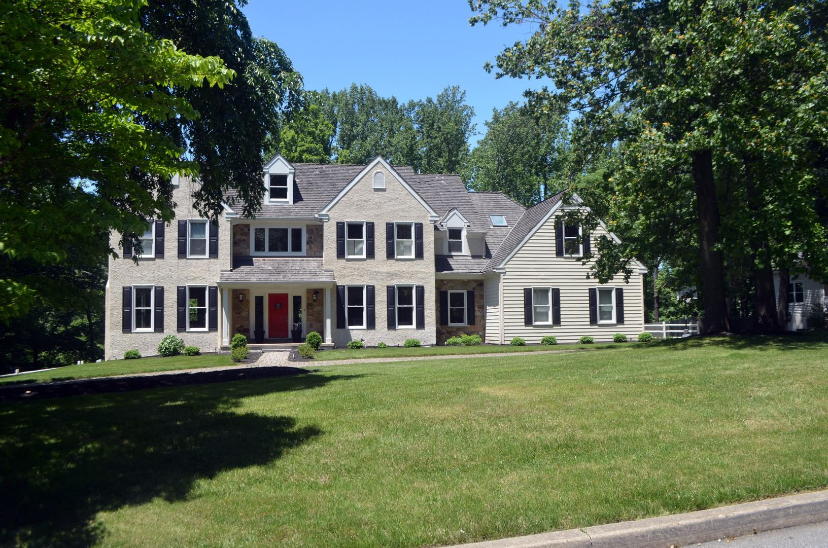 Hardie Planks and Stucco Siding on Home in PA