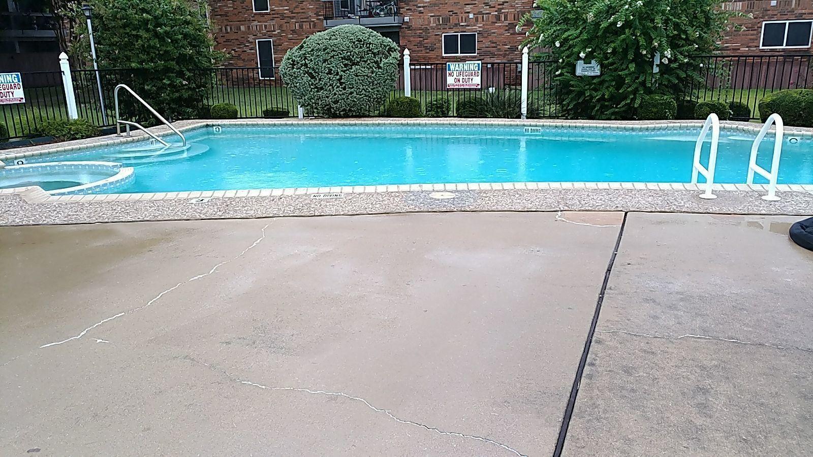 Sinking Pool Deck in Taylor, TX
