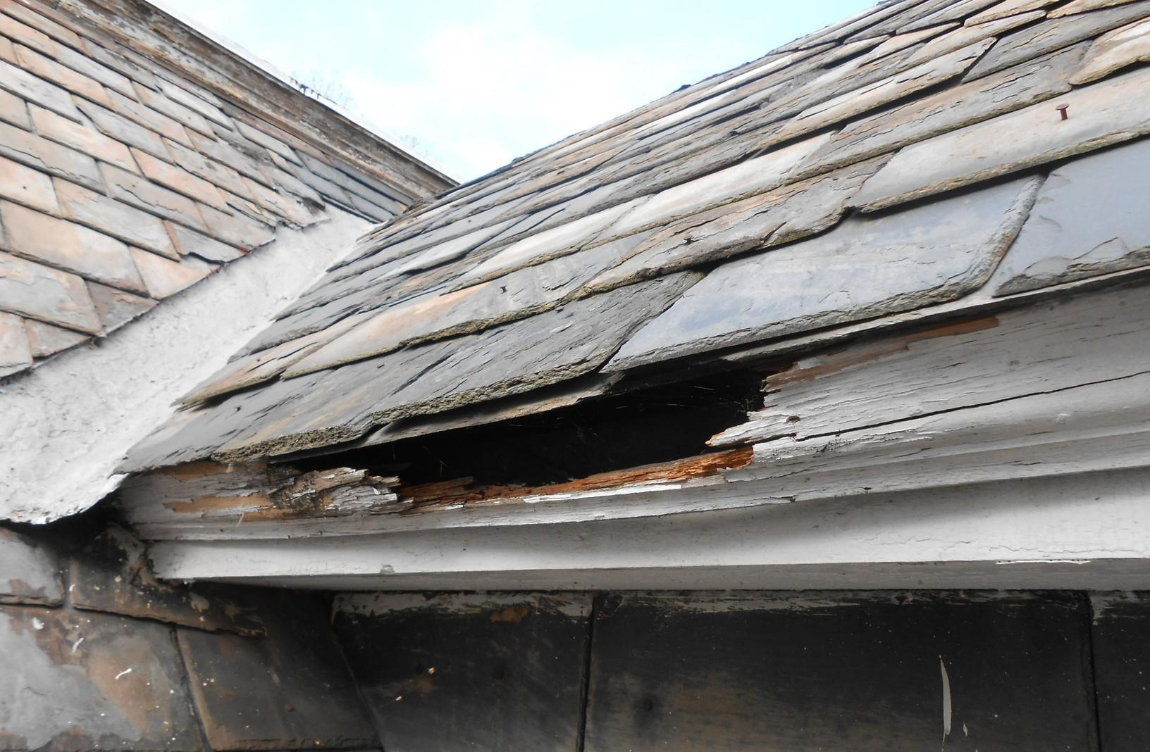Chipped, Damaged Roof Replacement in NJ
