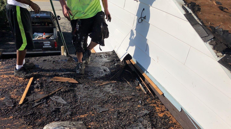 Flat Roof Debris