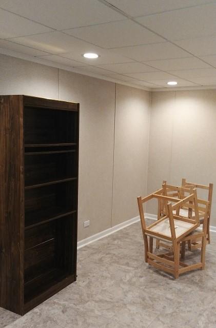 Spacious Craft Room