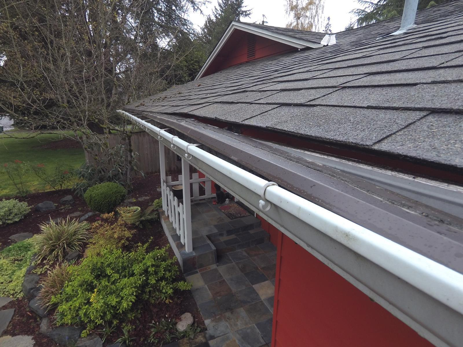 Replacing Makeshift Gutter Guards in Kirkland