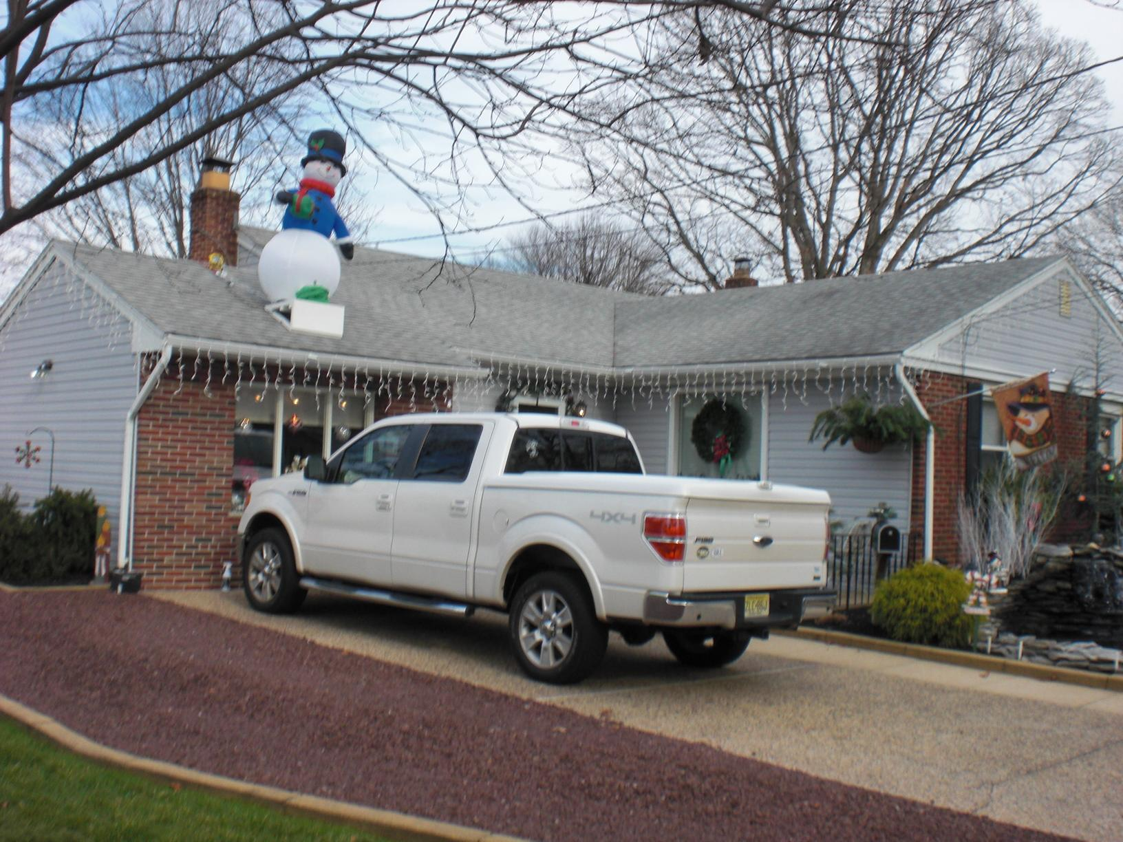 Replacing asphalt shingles and old siding in Haddon Heights, NJ