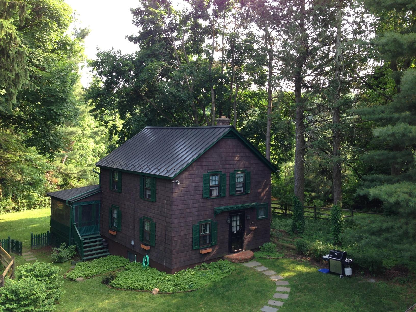 Installing Standing Seam Roof on Cottage in NJ