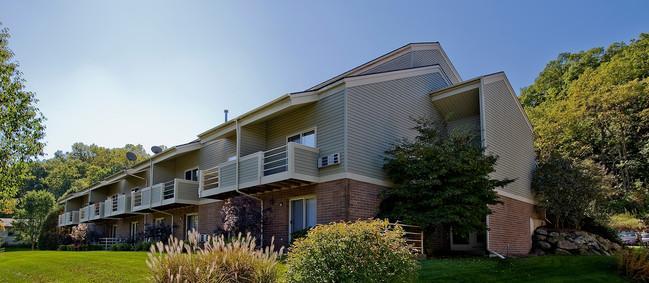 Cedar Glen Apartments