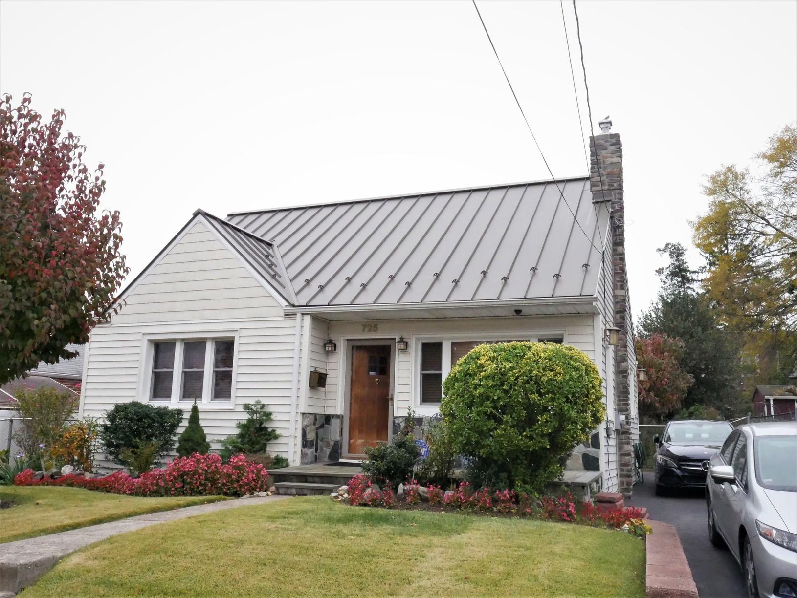 Medium Bronze Galvalume Standing Seam Metal Roof Install in PA