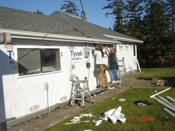 Siding Removal in Warrenton, Oregon