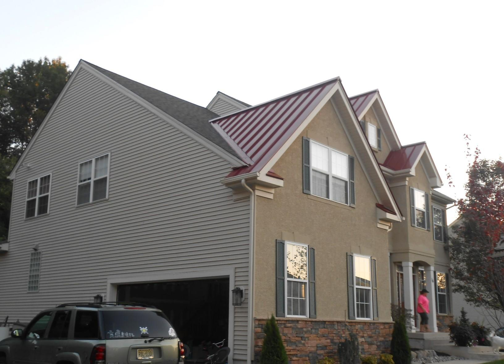 Mixing Colonial Red Standing Seam Metal with Owens Corning Shingles