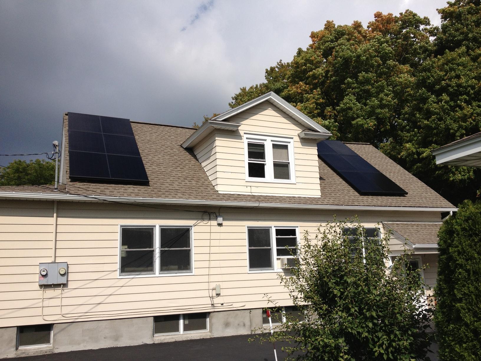 Syracuse, NY Roof-Mounted Solar Installation