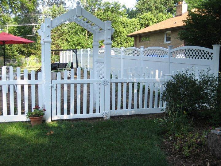 Picket Fence & Privacy Arbor