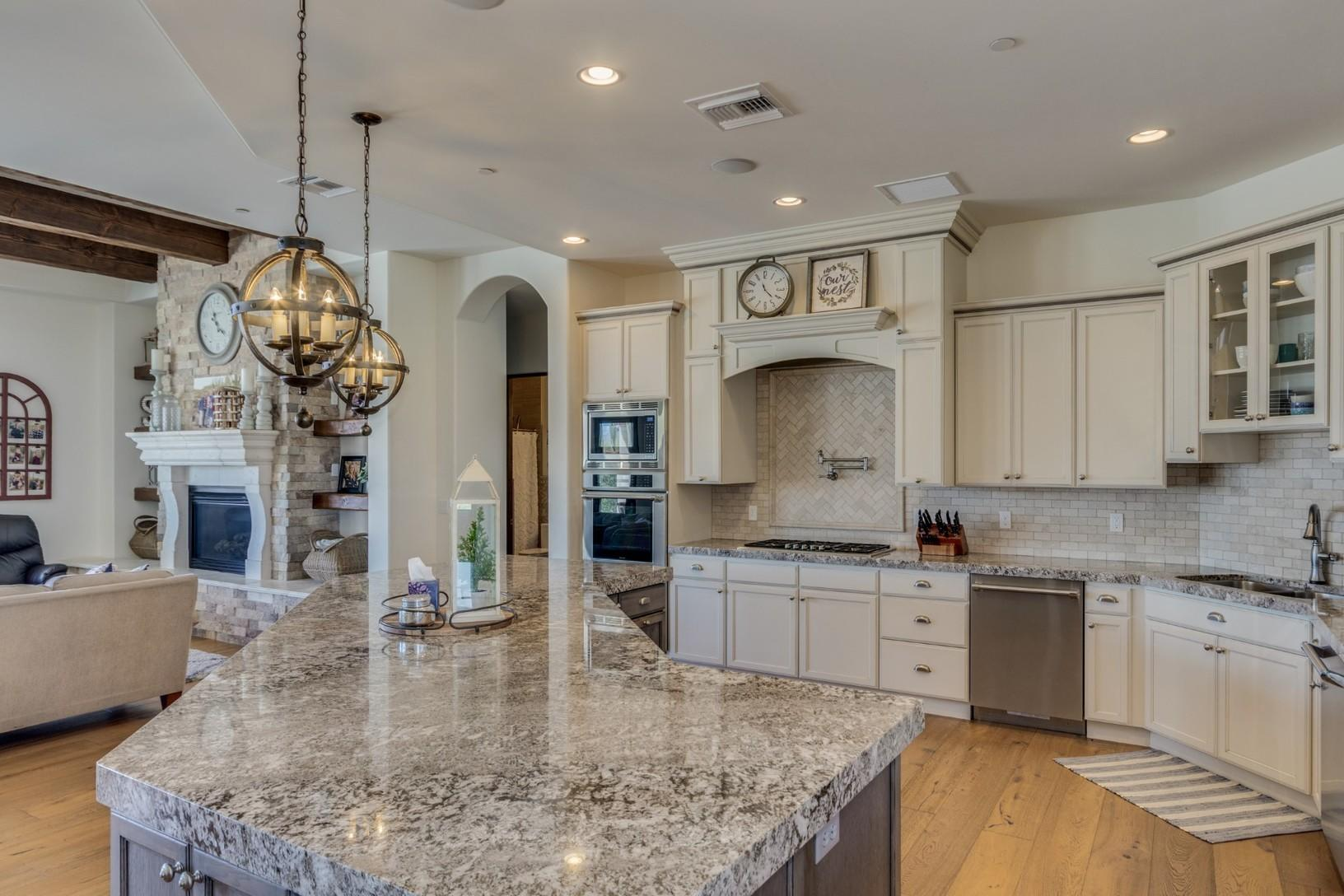 Cave Creek Kitchen Cabinetry