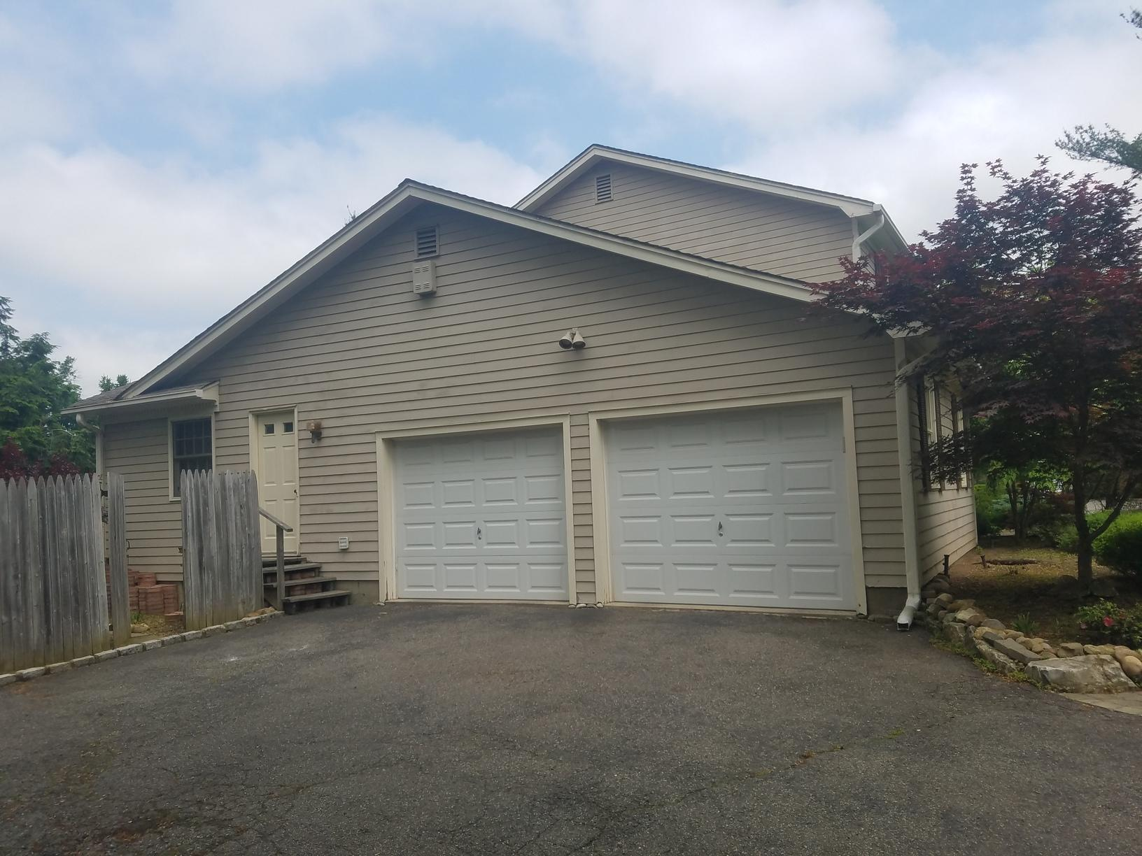 Replacing Siding on Garage Side of Home