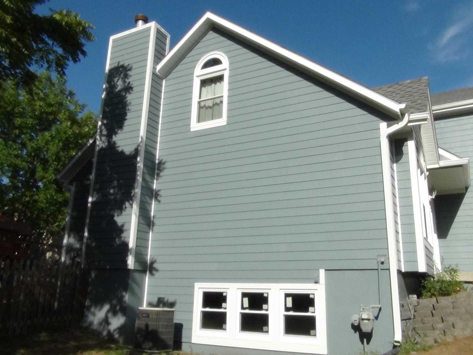 Install Siding and new window install in Overland Park, KS