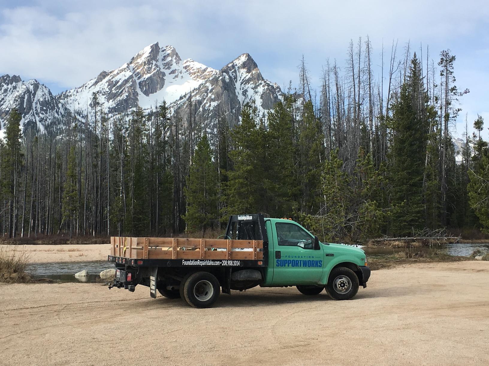 Beautiful Stanley Lake Campground
