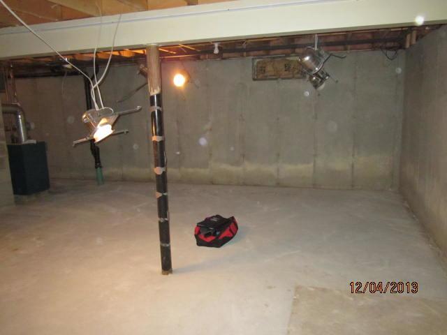Leaky Wall/Floor Gap in Wauregan, CT