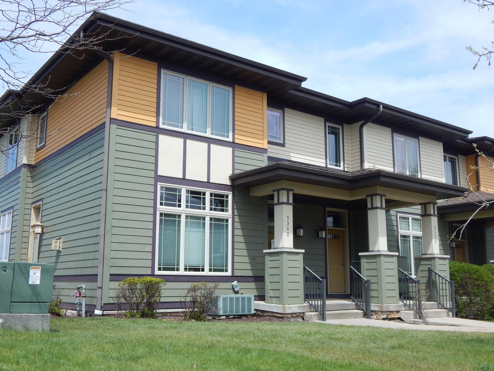 Siding Siding Replacement On Condo Complex In Middleton