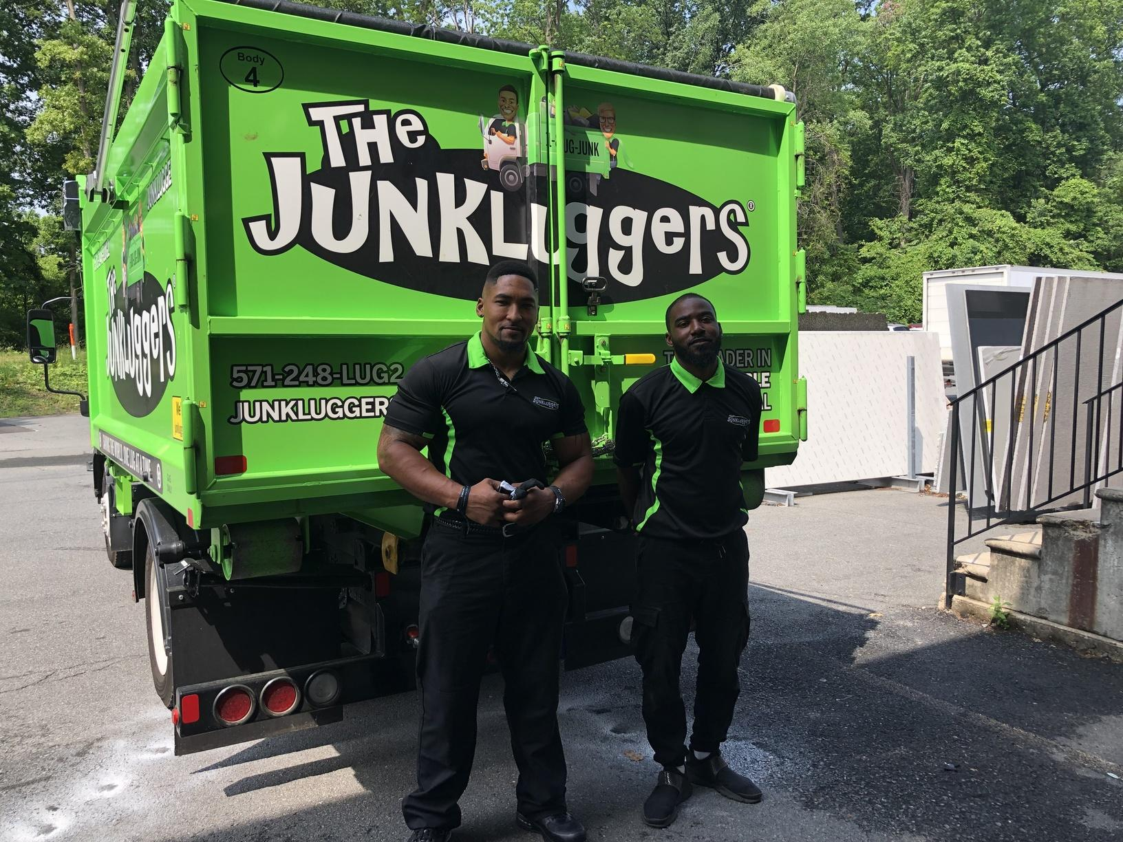 Junkluggers supporting clothing drive