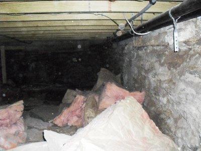 Debris Filled Crawl Space in Bozrah, CT