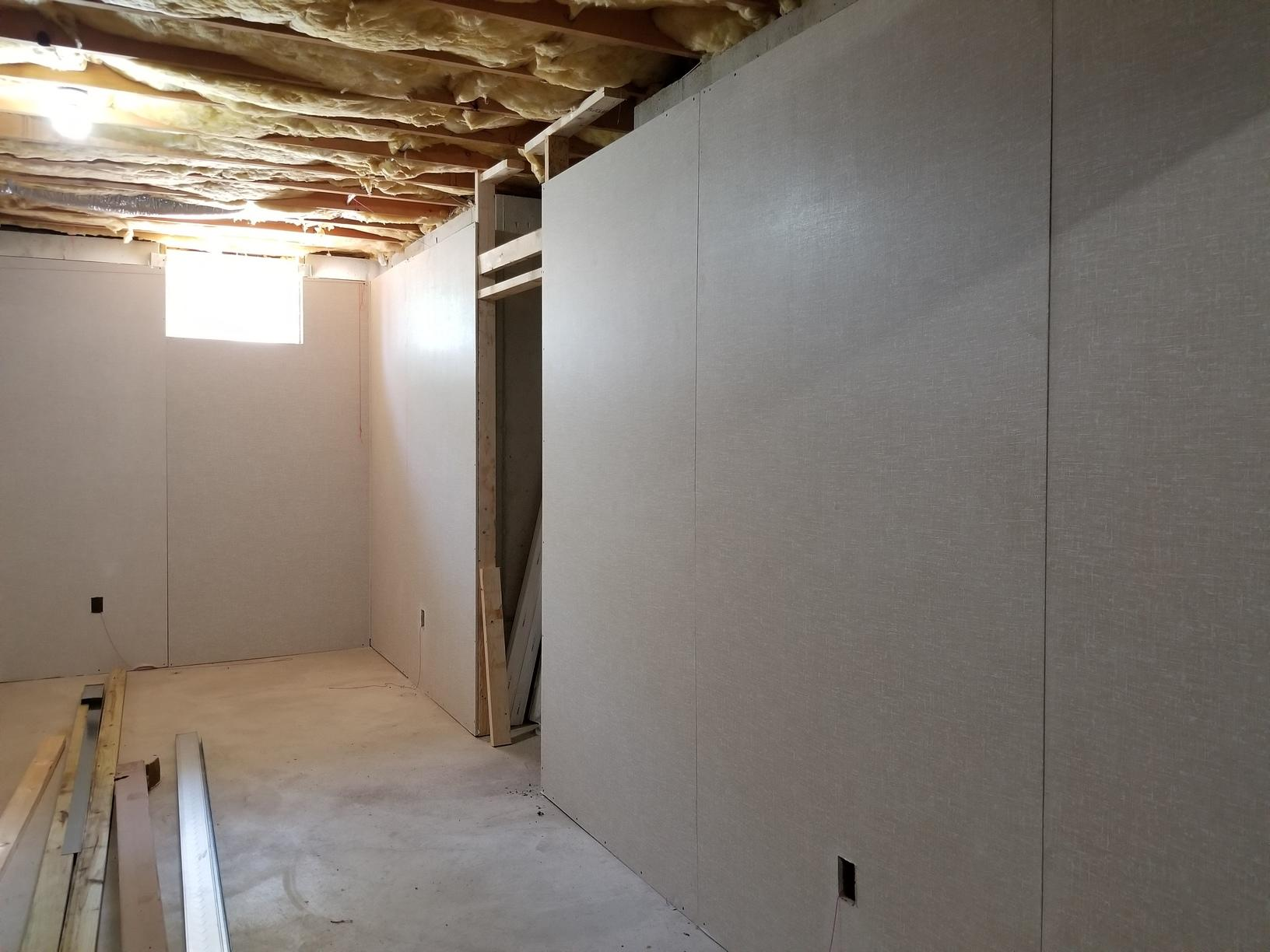 Everlast Exterior walls in great room