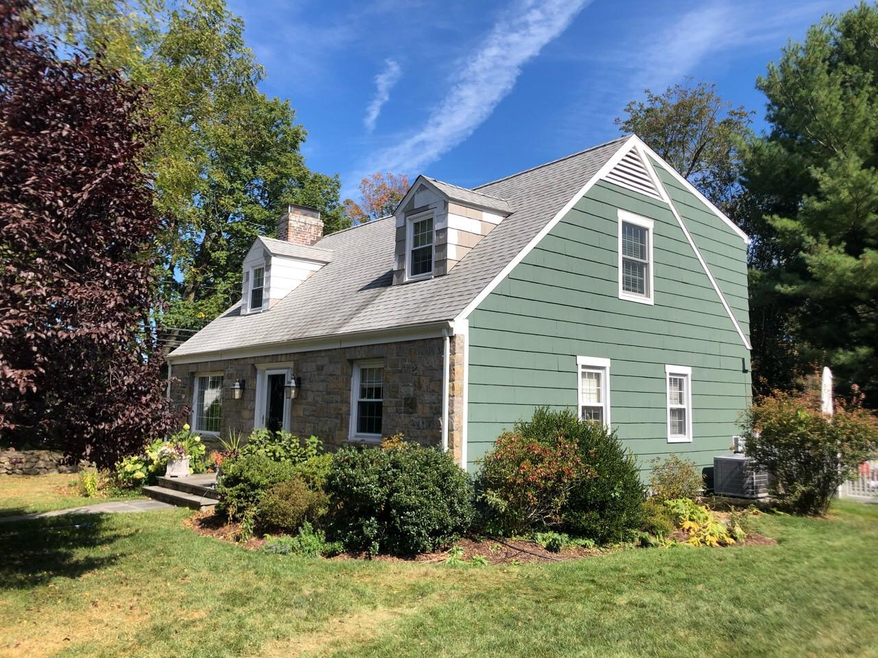 Mid-Point for Exterior Paint